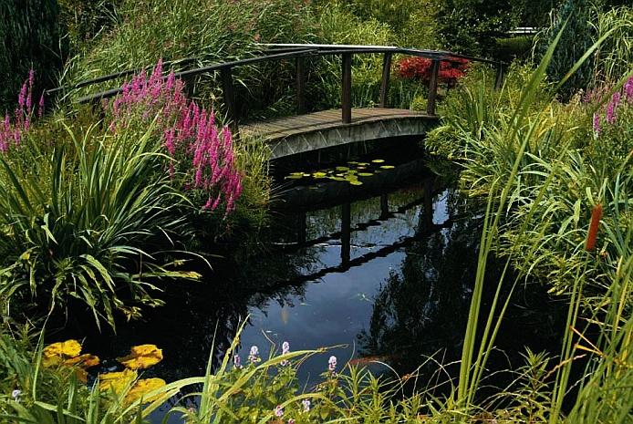 A blankolt vezeték szigetelésből kerti tó fólia készül