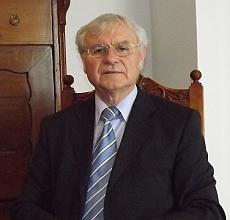 Szikra István